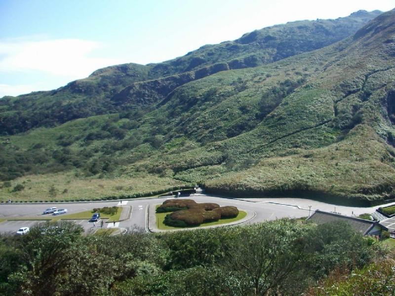 陽明山包車旅遊景點-小油坑包車旅遊