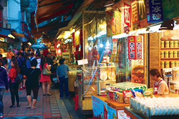 烏來老街-包車旅遊景點介紹
