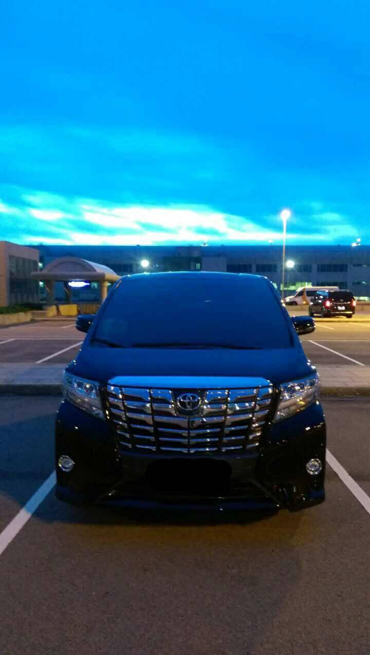 新款ALPHARD – Toyota(七人座含司機)